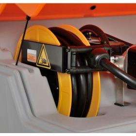 Cuve diesel CUBE de CEMO avec pompe électrique 230 V avec enrouleur automatique et8 m tuyau pour usage l'extérieur | capacité 1000 -7500 l