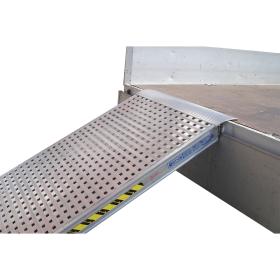 Einzelverladerampe 4000 mm mit geschlossenem Boden in verschiedenen Ausführungen