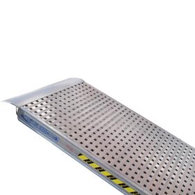Rampe de chargement simple 3500 mm avec fond perforé en différentes versions